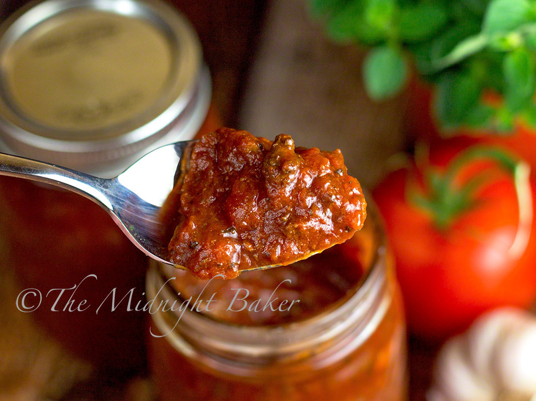 Slow Cooker Spaghetti Sauce  Slow Cooker Rustic Meat Spaghetti Sauce The Midnight Baker