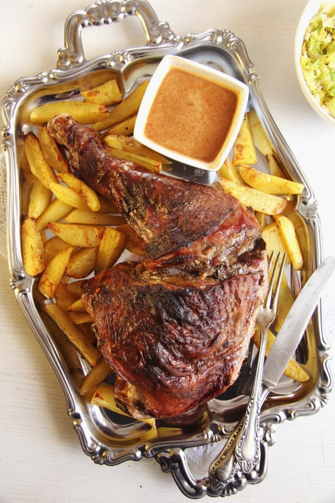 Slow Cooker Turkey Legs  Oven Slow Cooked Turkey Leg with Ve ables