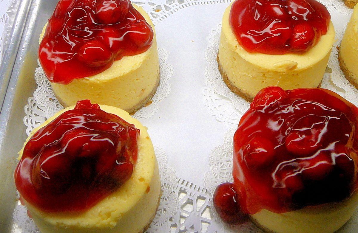Small Cheesecake Recipe  Mini Cheesecakes Recipe
