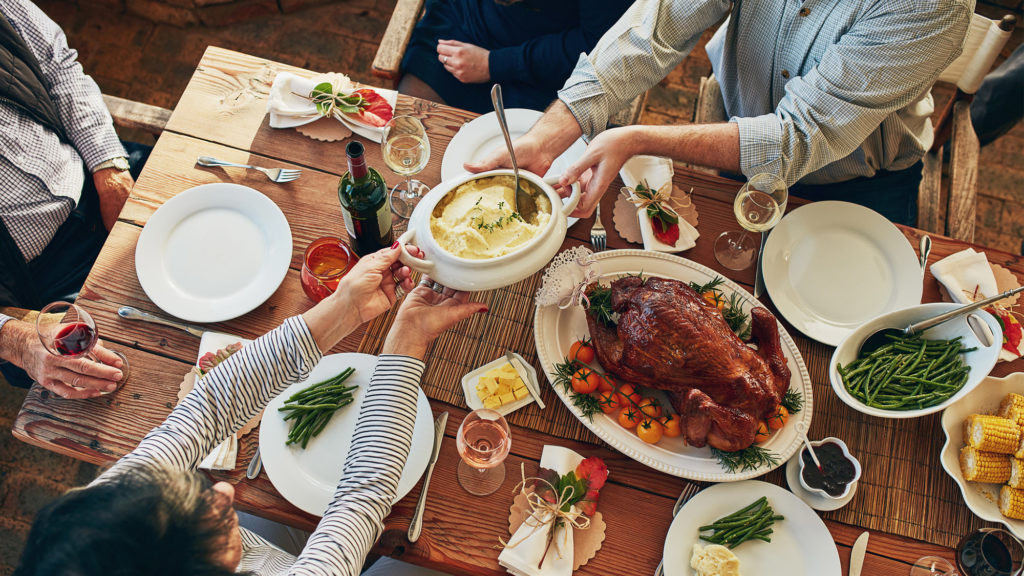 Small Thanksgiving Dinner  How to Host a Huge Thanksgiving in a Small Space