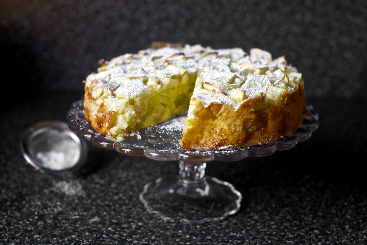 Smitten Kitchen Apple Cake  apple sharlotka – smitten kitchen
