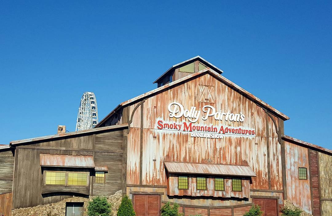 Smoky Mountain Adventure Dinner Show  Unbiased Review of Dolly Parton s Smoky Mountain Adventures