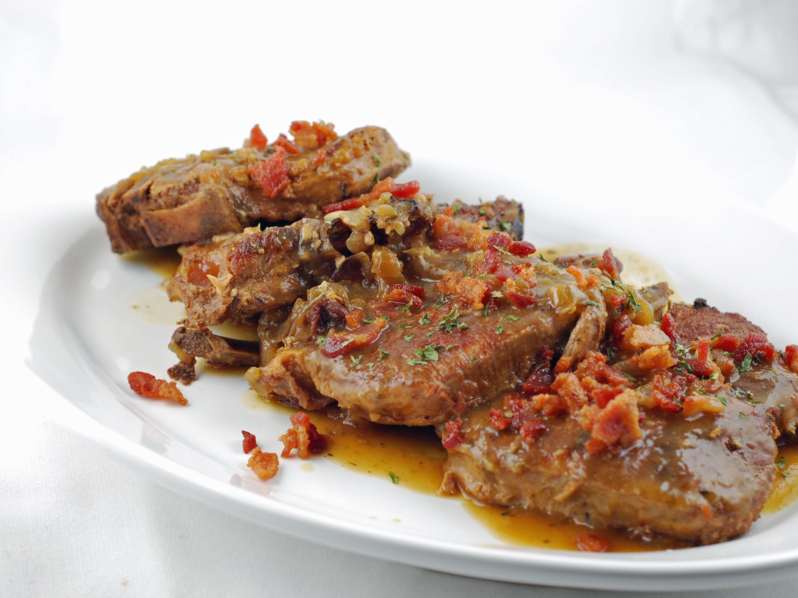 Smothered Pork Chops Slow Cooker  Slow Cooker Smothered Pork Chops