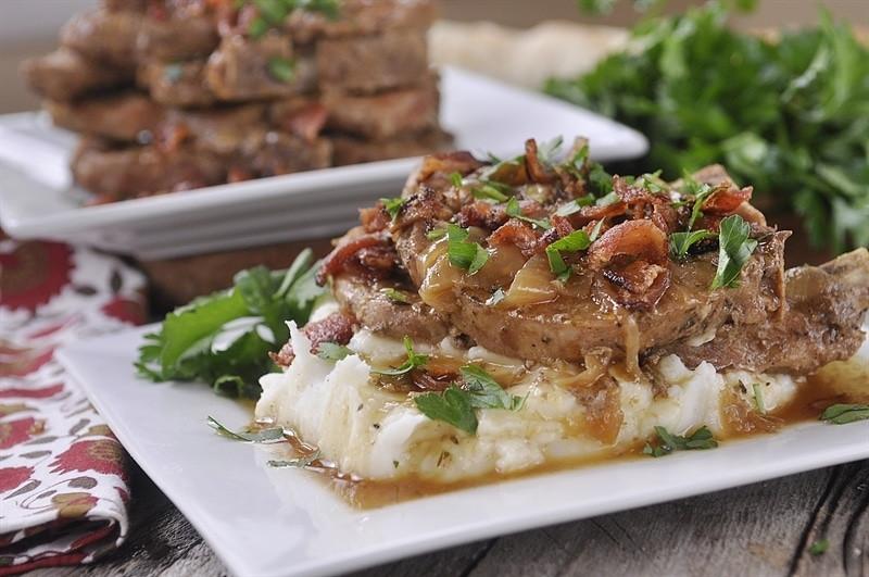 Smothered Pork Chops Slow Cooker  Slow Cooker Smothered Pork Chops your homebased mom