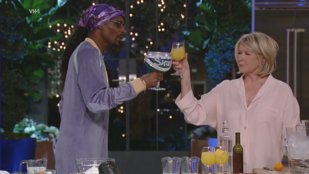 Snoop And Martha Dinner Party  Martha And Snoop s Potluck Dinner Party First Look CHFI