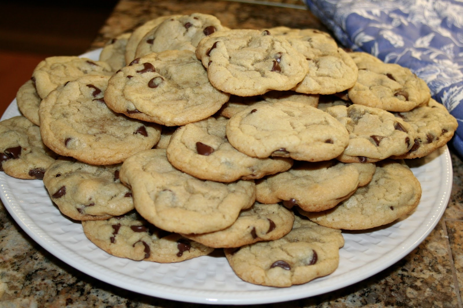 Soft Chewy Chocolate Chip Cookies  Home Trends Utah Soft Chewy Chocolate Chip Cookies made