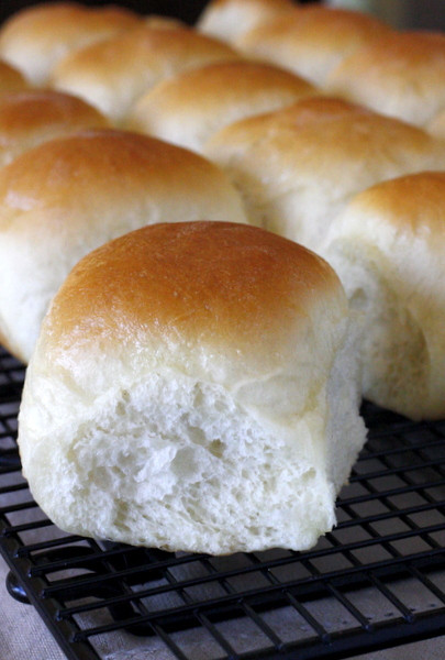Soft Dinner Roll Recipe  dinner rolls recipe