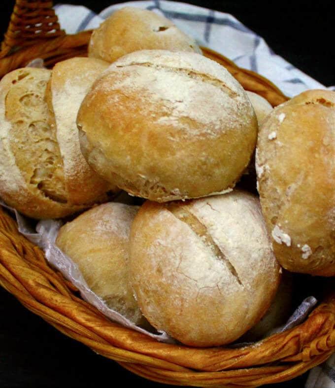 Sourdough Dinner Rolls  Crusty Sourdough Dinner Rolls no knead no added yeast