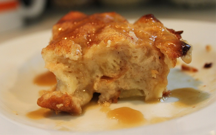 Southern Bread Pudding  Old fashioned southern bread pudding recipe