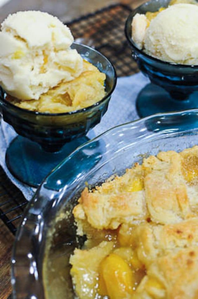 Southern Peach Cobbler  Grandmother s Peach Cobbler Add a Pinch