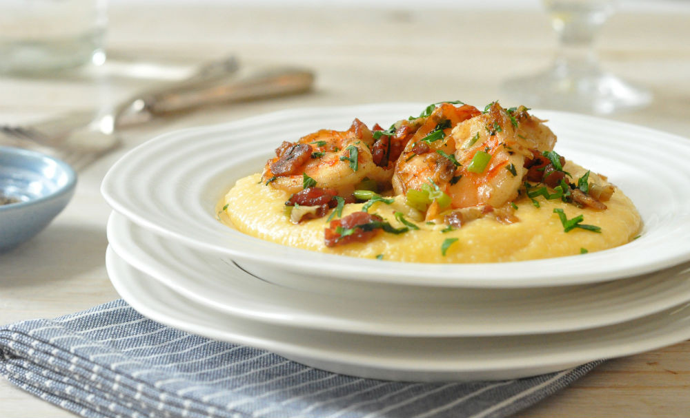 Southern Shrimp And Grits  creamy southern shrimp and cheese grits