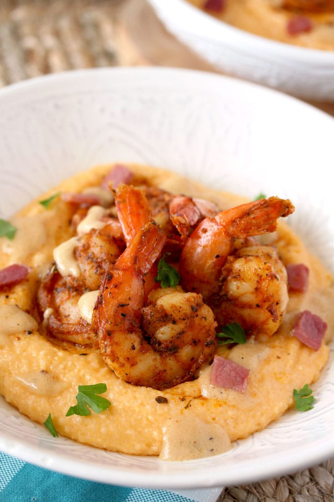 Southern Shrimp And Grits  Southern Style Shrimp and Grits