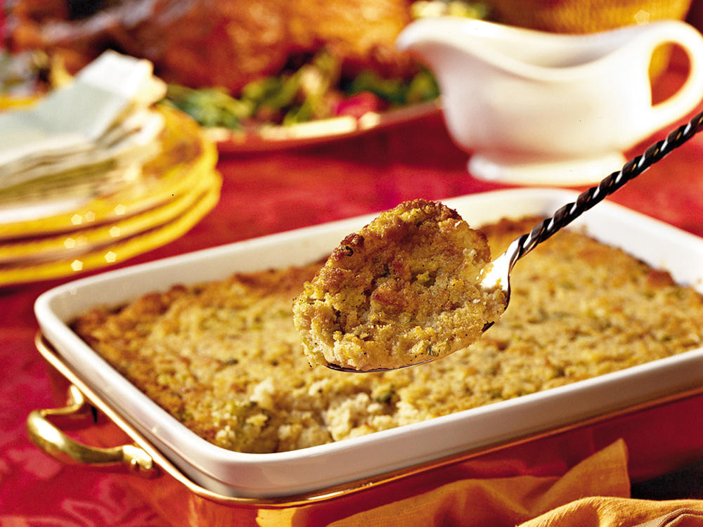 Southern Style Cornbread Dressing  southern style cornbread dressing