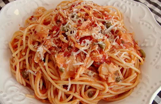 Spaghetti With Clam Sauce  spaghetti with red clam sauce