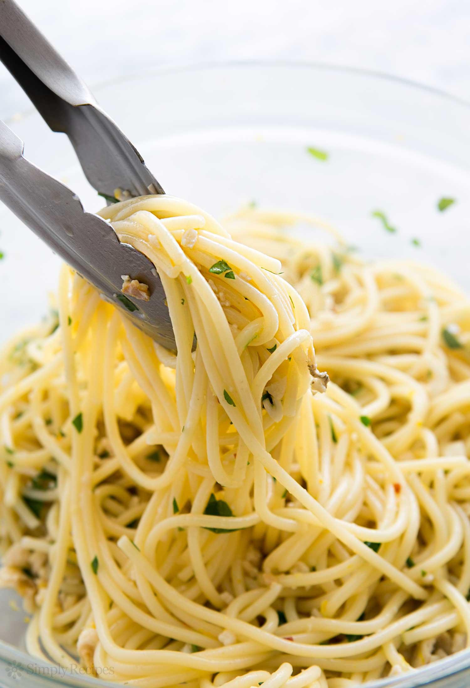 Spaghetti With Clam Sauce  Spaghetti with Clams Recipe