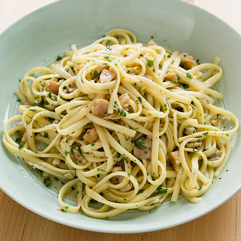 Spaghetti With White Clam Sauce  Linguine with White Clam Sauce
