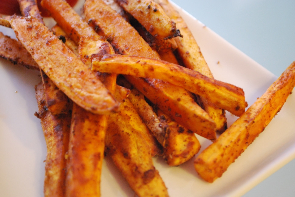 Spicy Sweet Potato Fries  CLEAN FREAK SPICY SWEET POTATO FRIES