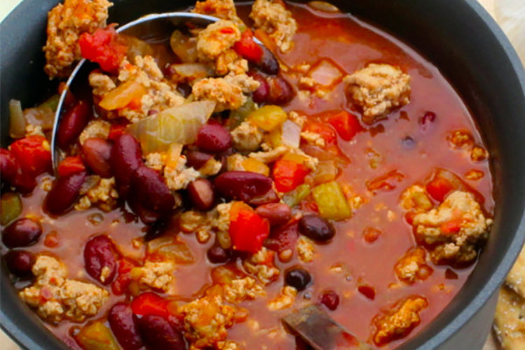 Spicy Turkey Chili Recipe  Slow Cooker Spicy Three Bean Chili
