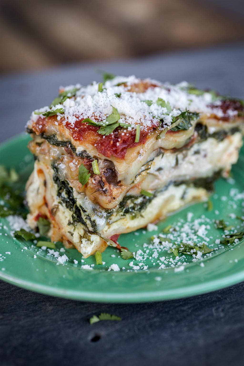 Spinach Mushroom Lasagna  4 Cheese Spinach Mushroom Lasagna The Two Bananas