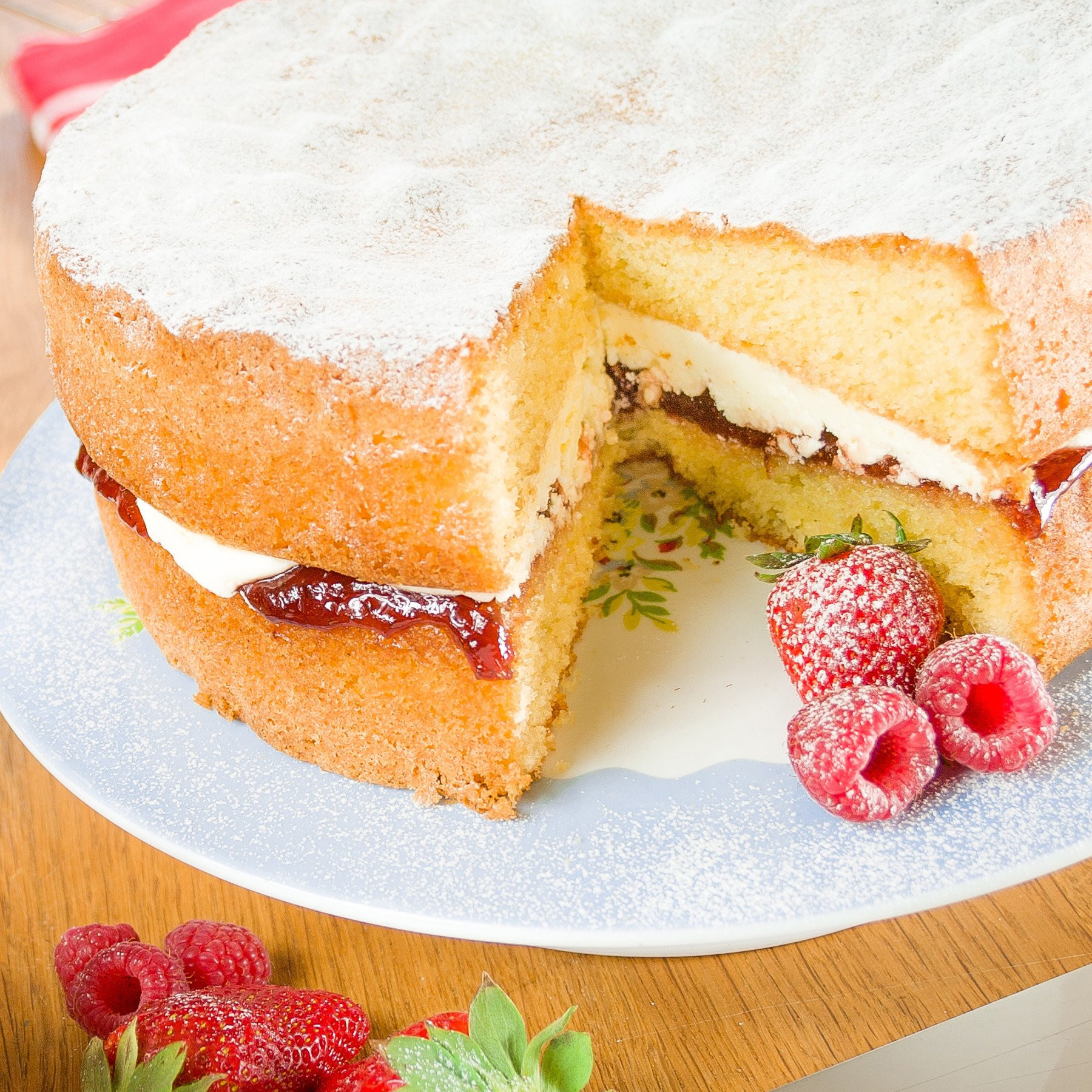 Sponge Cake Recipe  Classic Victoria Sponge Cake Recipe — the definitive 9