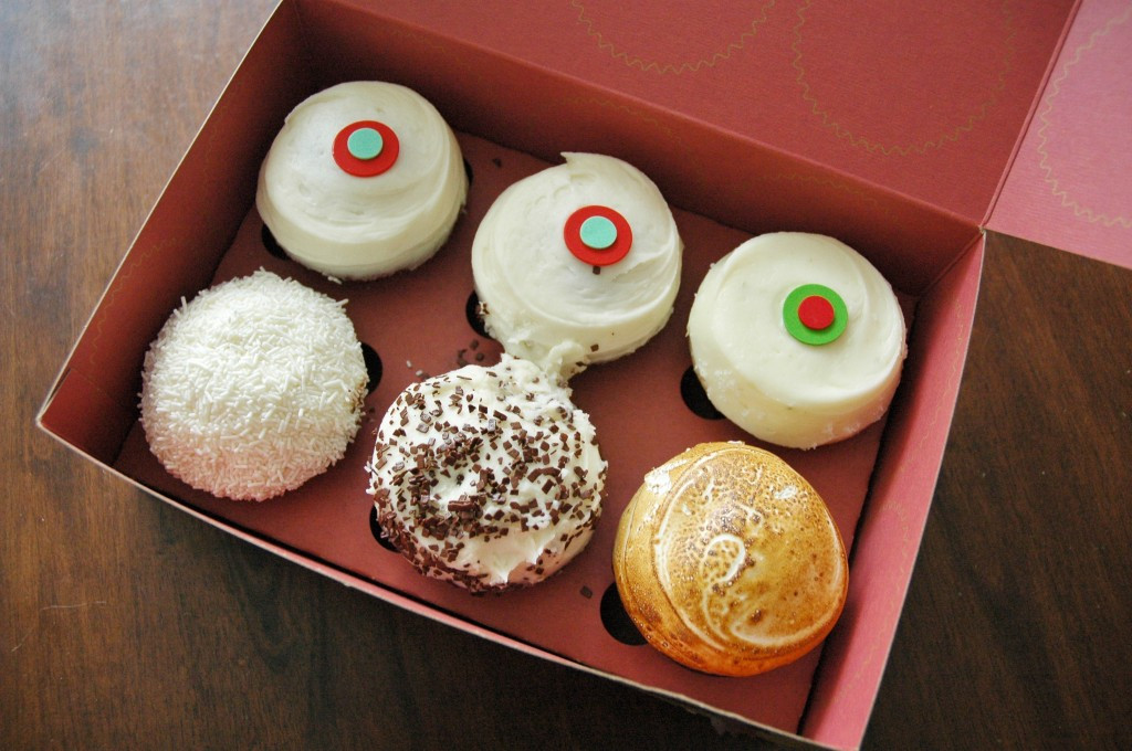 Sprinkles Cupcakes Chicago  Sprinkles Cupcakes The Best Treats in Chicago The
