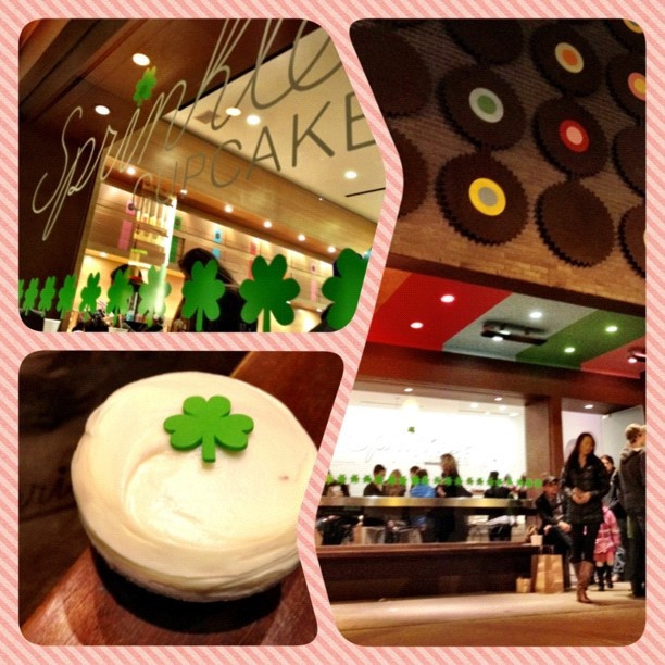Sprinkles Cupcakes Chicago  31 best images about Sprinkles Cupcakes on Pinterest