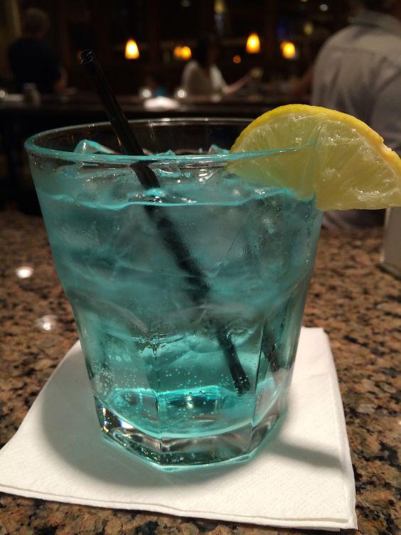 Sprite And Vodka Drinks  Best drink ever UV Blue Raspberry vodka with Sprite & a