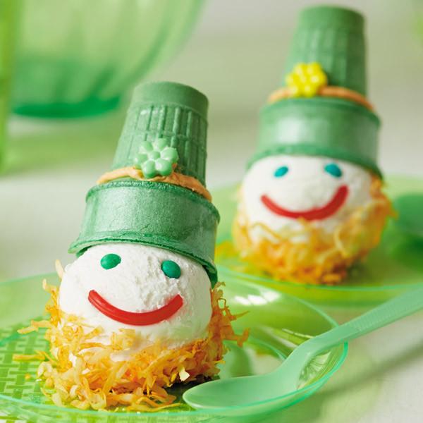 St Patrick'S Day Dessert Ideas  Happy Lepre cones St Patrick s Day Dessert Recipe