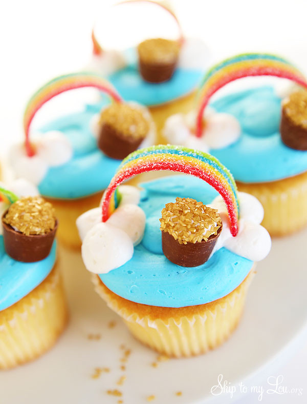 St Patricks Day Cupcakes  Rainbow Cupcakes St Patrick s Day