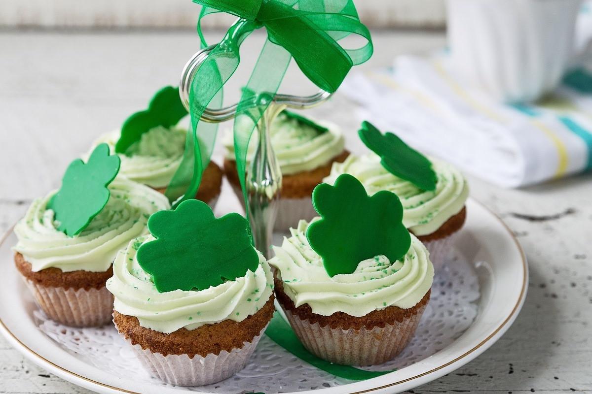 St Patricks Day Cupcakes  St Patrick s Day Cupcakes Recipe