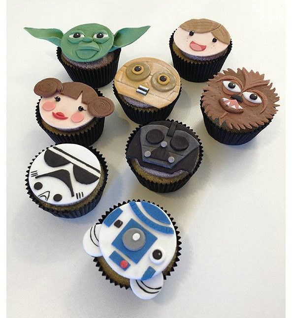 Star Wars Cupcakes  12 Star Wars Edible fondant Cupcake Toppers