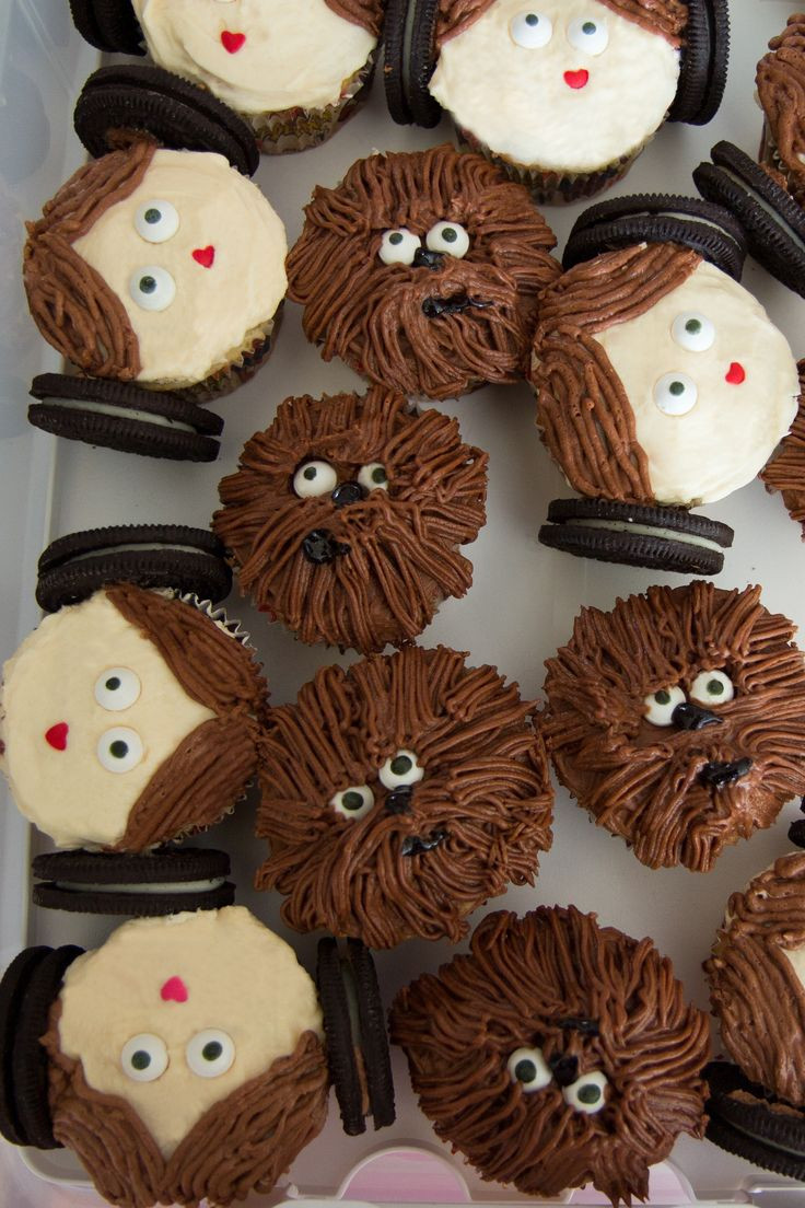Star Wars Cupcakes  12 of The Best Star Wars Party Food Ideas in The Galaxy