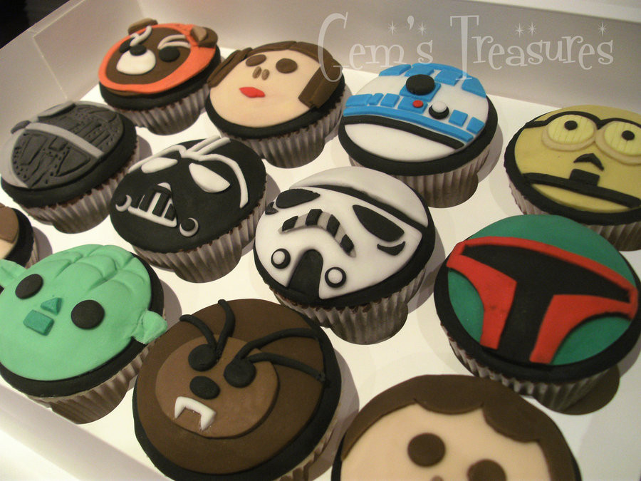 Star Wars Cupcakes  STAR WARS CUPCAKES The Baker Strikes Back by