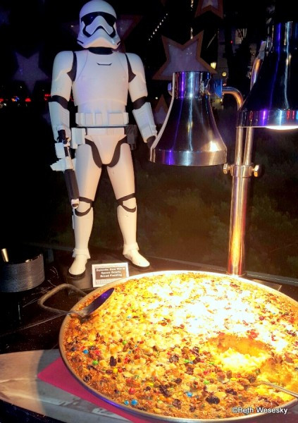 Star Wars Dessert Party  Guest Review Star Wars Symphony in the Stars Dessert