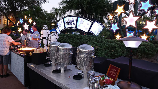 Star Wars Galactic Dessert Party  Star Wars A Galactic Spectacular Dessert Party review