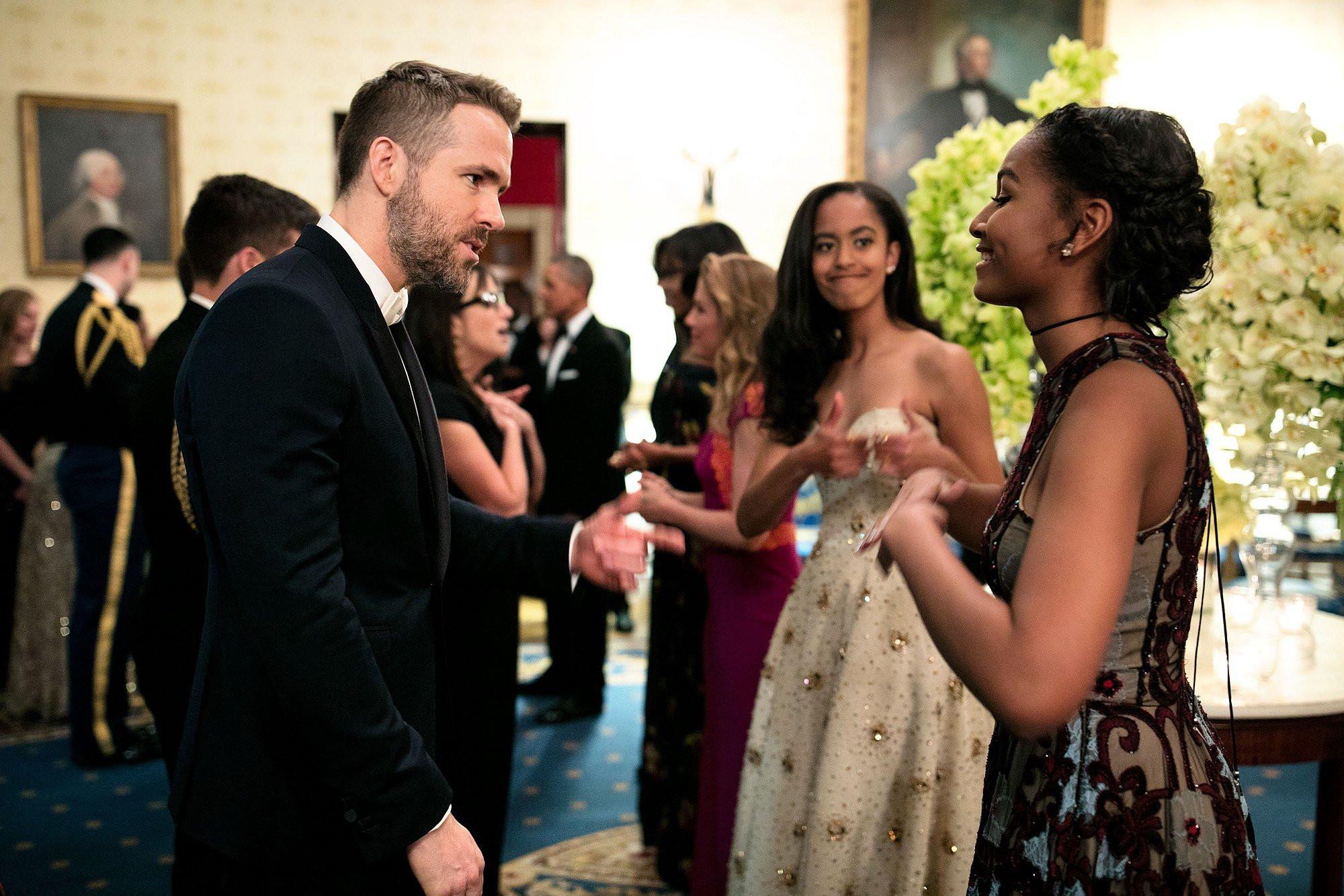 State Dinner 2016  Sasha Obama Talking to Ryan Reynolds at State Dinner 2016
