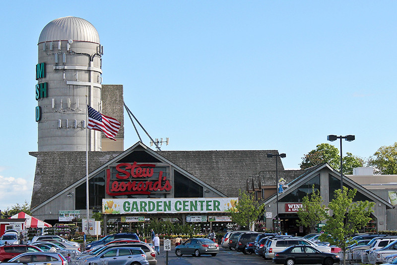 Stew Leonard'S Danbury  Grocery Showdown Whole Foods Vs Stew Leonard s Eat