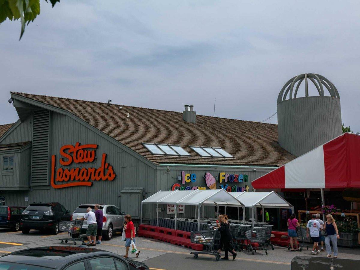 Stew Leonard'S Locations  A visit to Stew Leonard s Disneyland of Dairy Stores