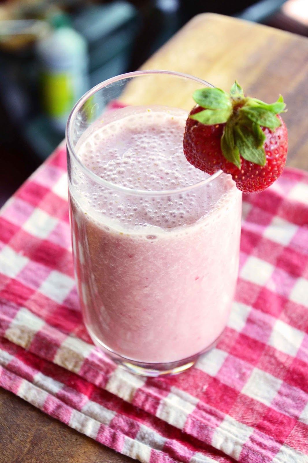 Strawberry Banana Protein Smoothies  The eccentric Cook Strawberry Banana Protein Shake