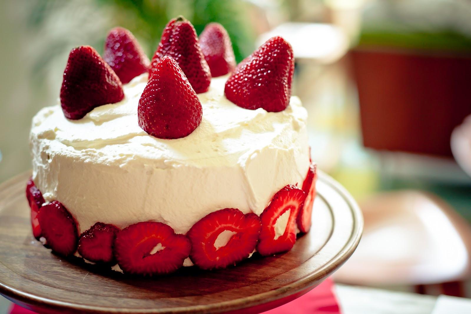 Strawberry Birthday Cake  Food Twenty Four Seven Strawberry Birthday Cake