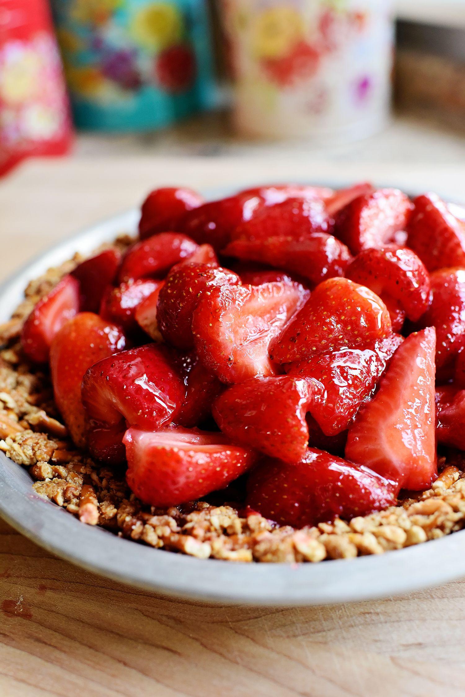 Strawberry Pretzel Dessert Without Jello  Best 25 Strawberry pretzel pie ideas on Pinterest