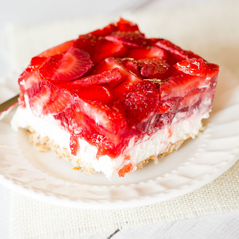 Strawberry Pretzel Dessert Without Jello  15 Sweet and Simple Dessert Salads for the Summer