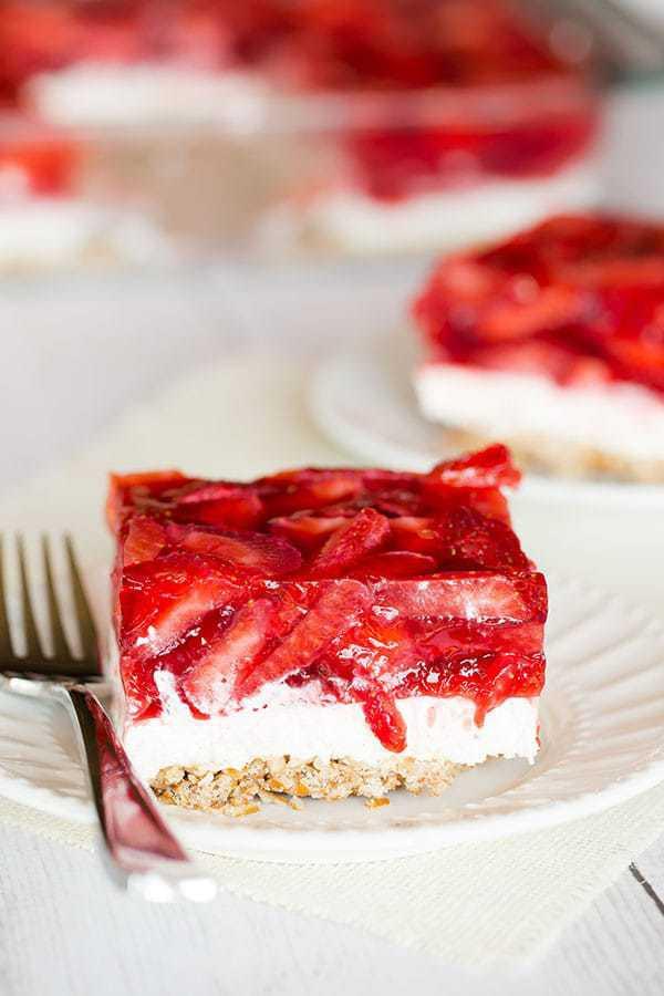 Strawberry Pretzel Dessert Without Jello  strawberry pretzel salad recipe