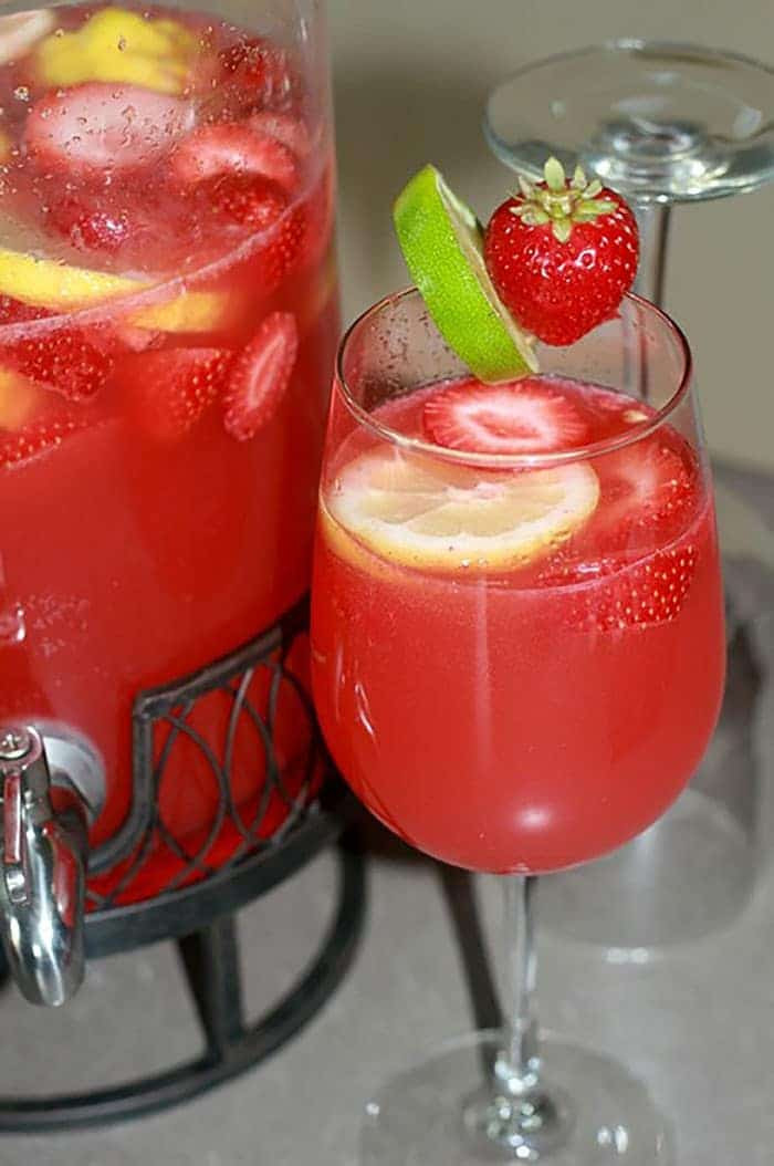 Strawberry Rum Drinks  Strawberry Limeade Rum Punch Recipe All She Cooks