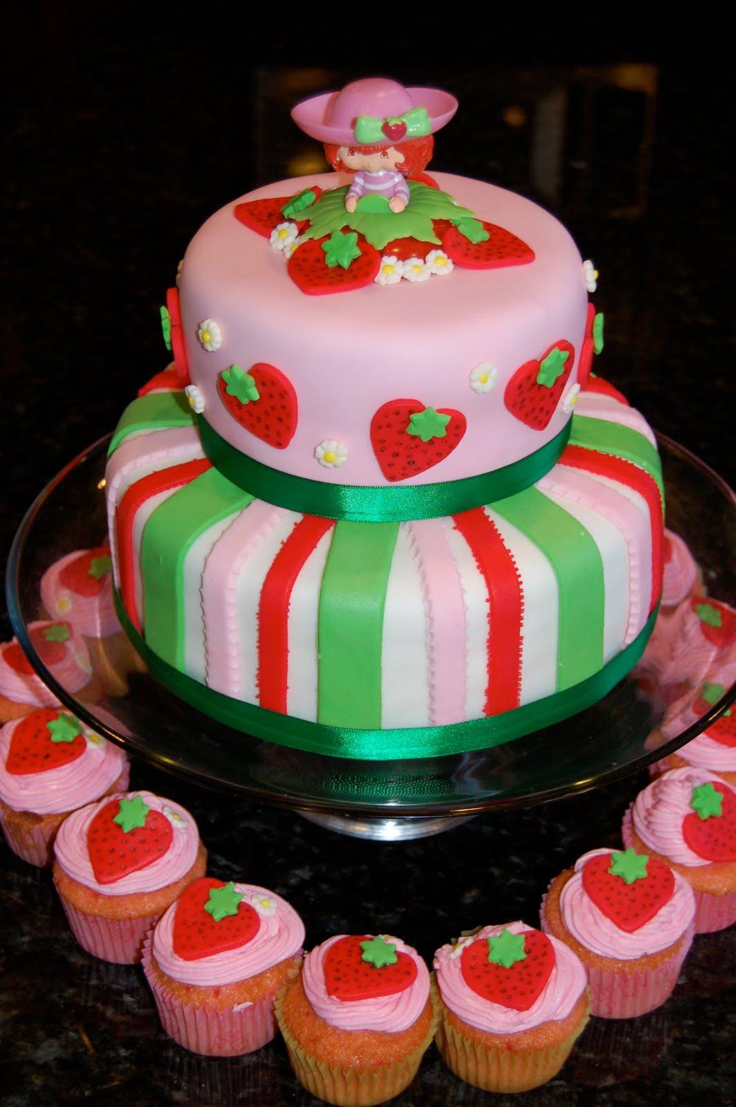 Strawberry Shortcake Cake  MKHKKH Strawberry Shortcake Cake