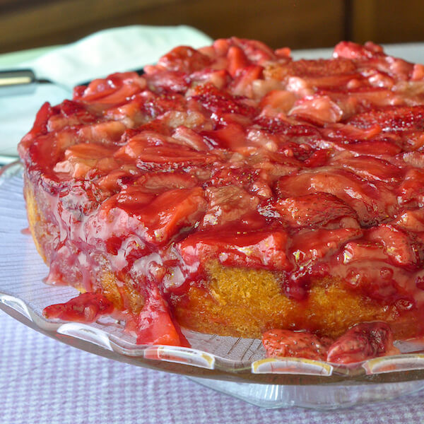 Strawberry Upside Down Cake  Strawberry Upside Down Cake easy and delicious Rock