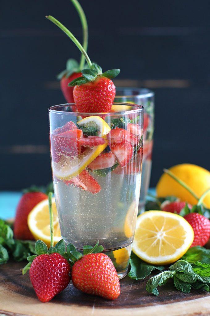 Strawberry Vodka Drinks  Lemonade Vodka Club Soda Sweet and Savory Meals