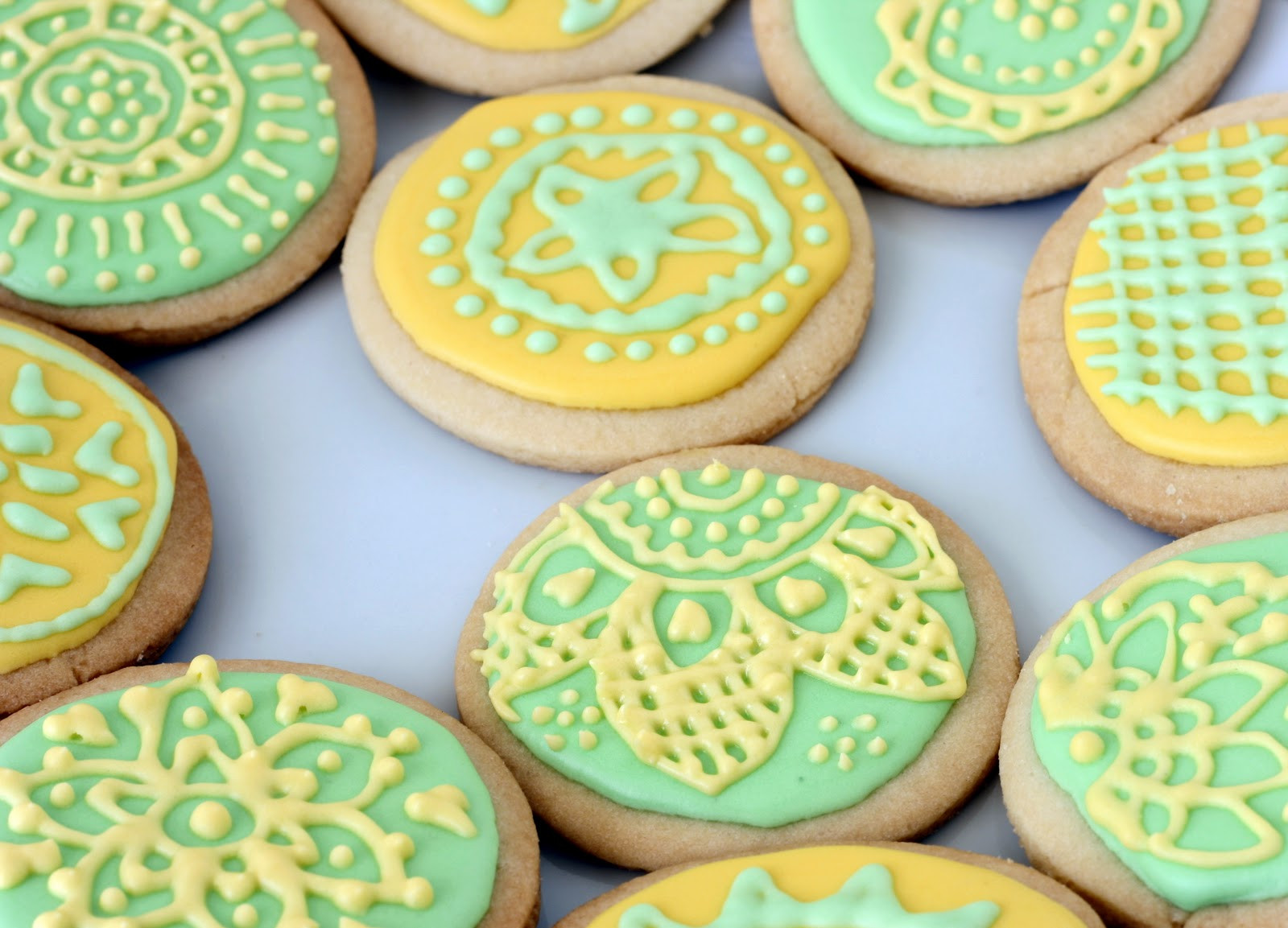 Sugar Cookies With Icing  Daring Decorated Sugar Cookies with Daring Bakers Bake Fresh