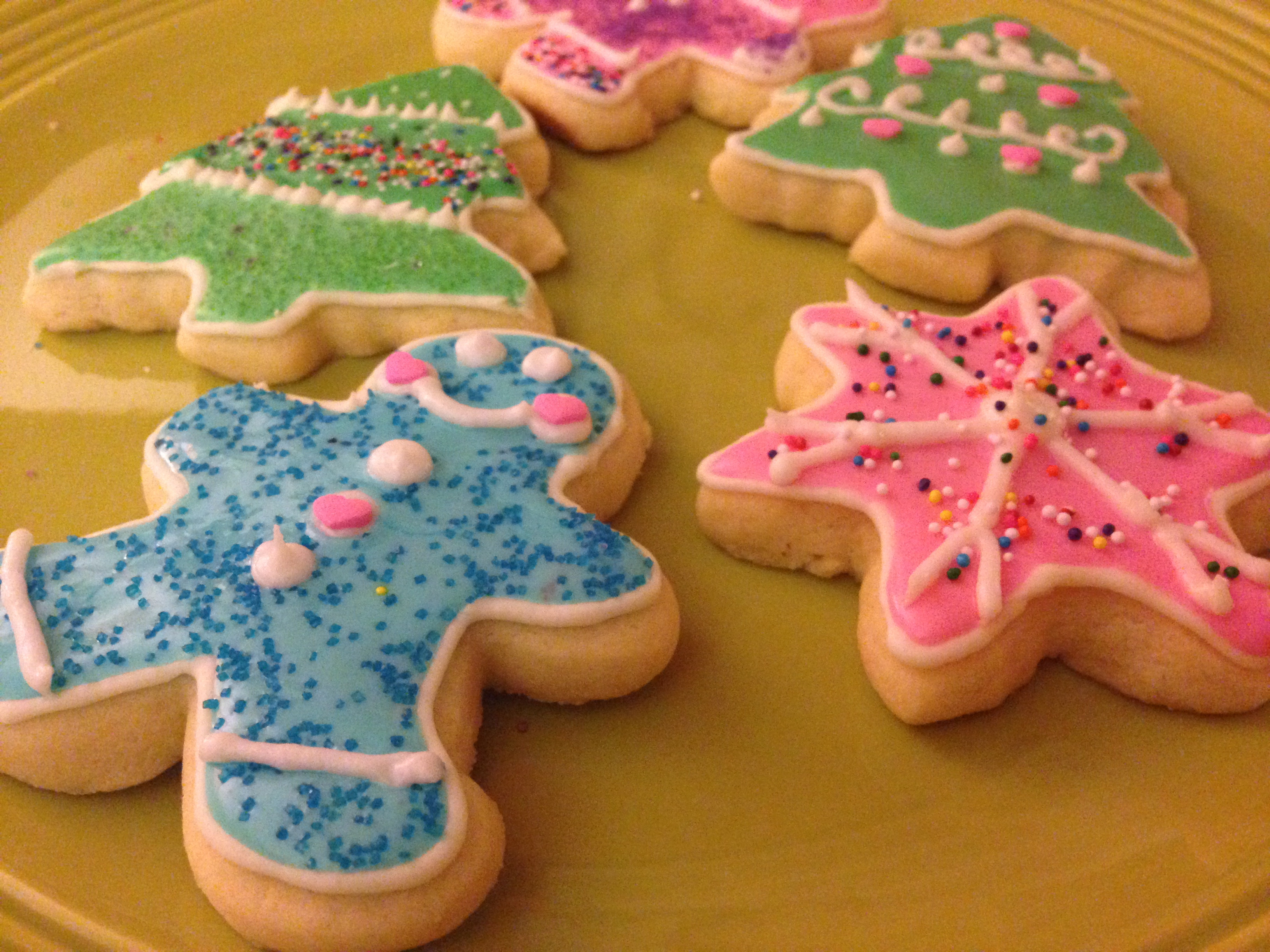 Sugar Cookies With Icing  Easy Scrumptious Cake Mix Sugar Cookies & Royal Icing