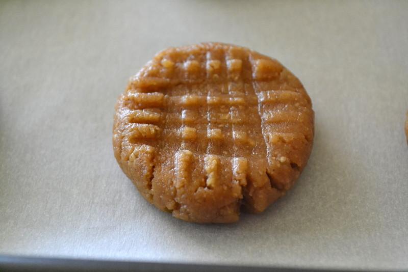 Sugar Free Peanut Butter Cookies  Cookin Cowgirl Sugar Free Peanut Butter Cookies